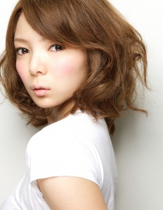 hashimoto-232x300